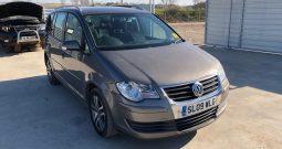 Dezmembrari VOLKSWAGEN Touran facelift 2009 bkd 2.0 diesel 140cp